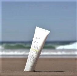 Unichi 11 Pearls Sunscreen Lotion SPF50+ 60ml